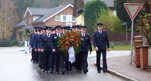 Einladung zur Gedenkfeier am Volkstrauertag: 18. November, 9.00 Uhr, Ehrenmal